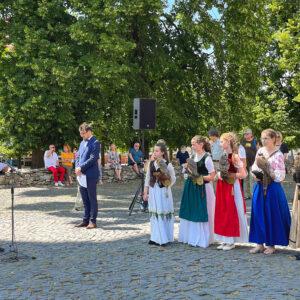 Na slávnostnom akte sa zúčastnil aj štátny tajomník Úradu predsedu Vlády Maďarska pre národnú politiku Árpád János Potápi a ďalší vzácni hostia